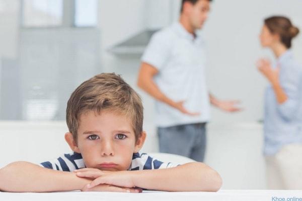Dấu hiệu và biểu hiện của bệnh trầm cảm ở trẻ nhỏ