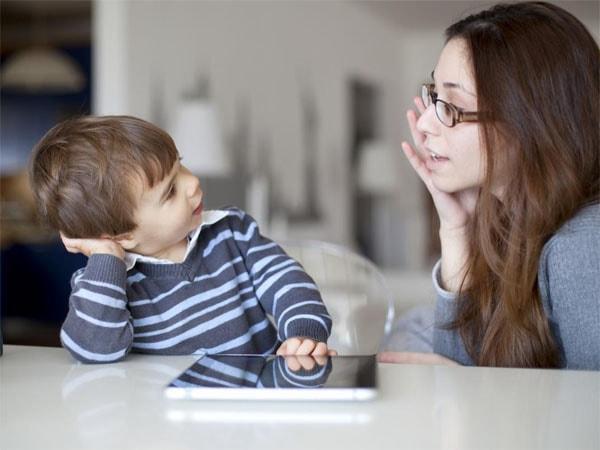 Hãy lắng nghe trẻ 1 cách chân thành