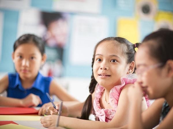 Bí quyết dạy con khả năng tự lập ở độ tuổi tiểu học