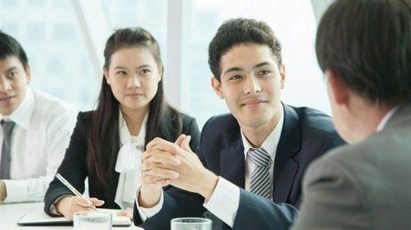 10 bí quyết vàng để rèn luyện kỹ năng giao tiếp phi ngôn ngữ