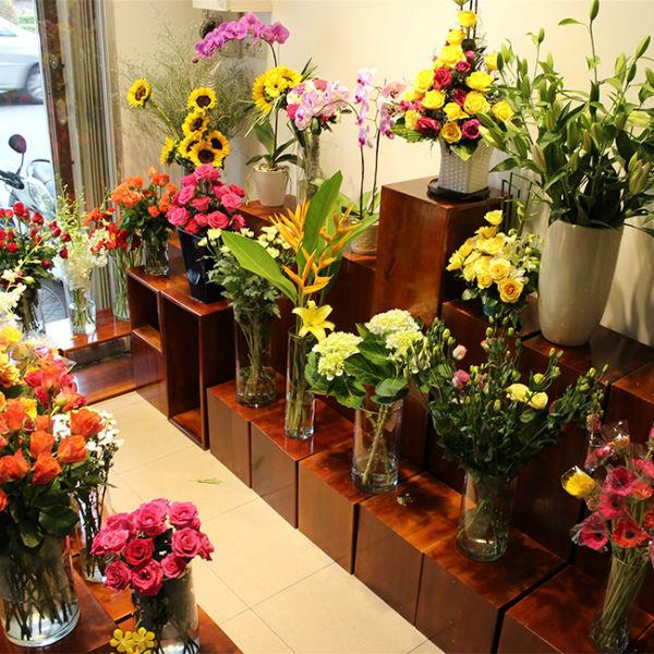 Mở cửa hàng hoa tươi cần vốn khoảng 100 triệu đồng