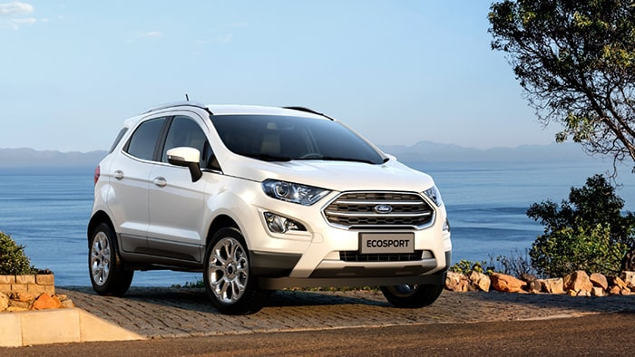 Ford Ecosport có thiết kế mang lại một vẻ đẹp sắc sảo, mạnh mẽ
