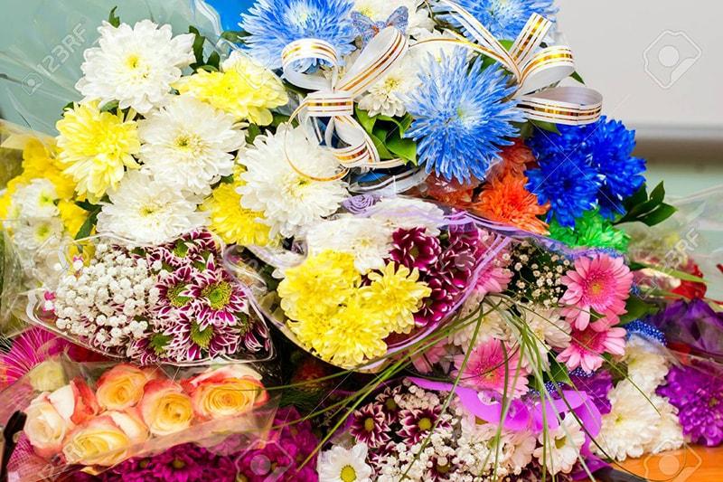Trau dồi kiến thức và thực hành về hoa rất quan trọng trước khi khởi nghiệp bán hoa